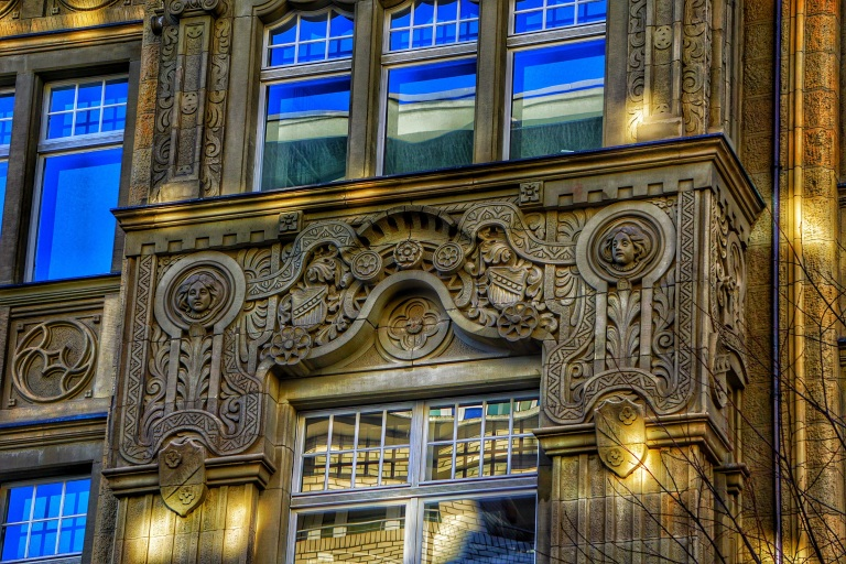 Berlin Michaelsen Palais Hotel Roter Adler 3 ornaments