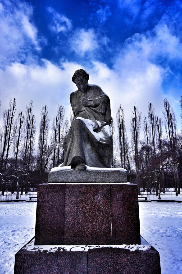 Berlin Soviet  War Memorial statue 1