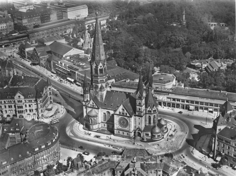 breitscheidplatz-berlin-charlottenburg-kudamm-1