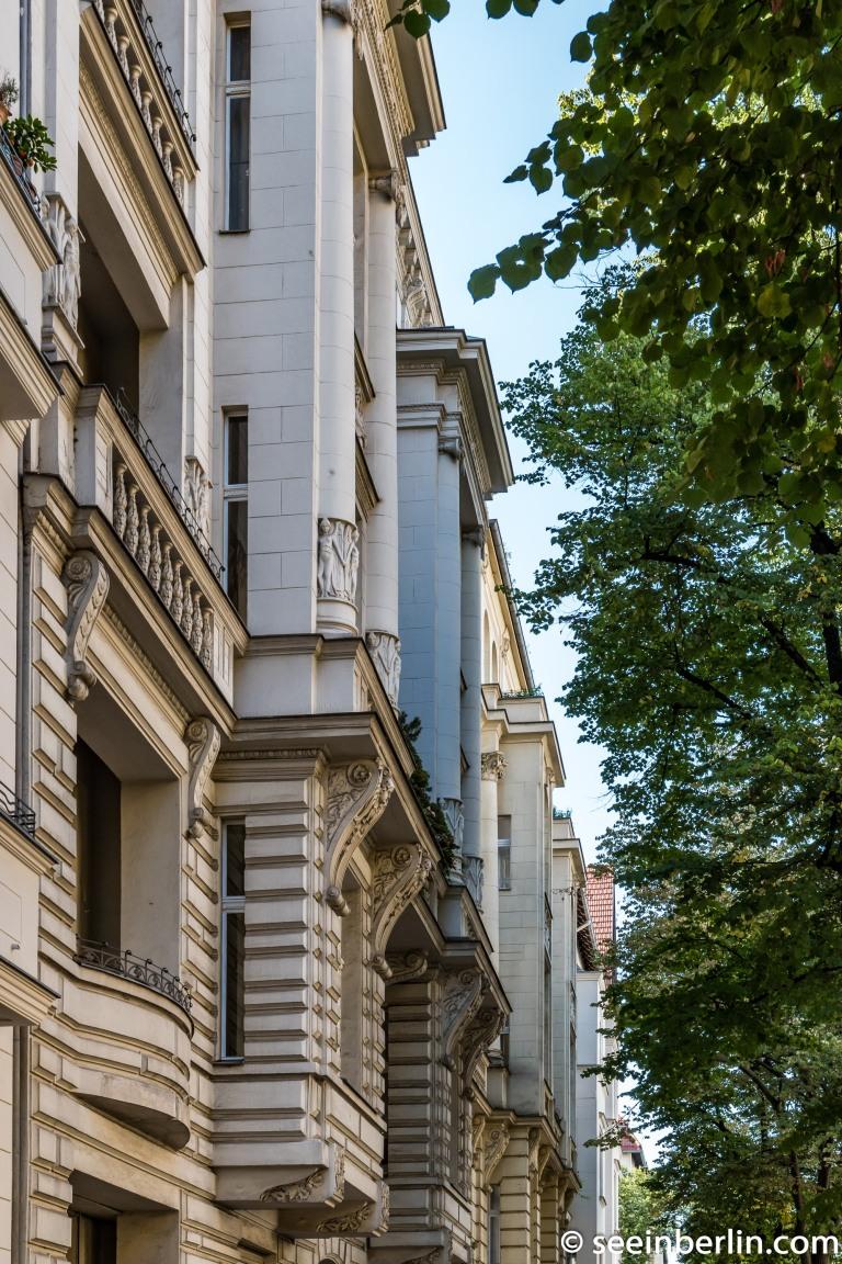 Mommsenstraße and Schlüterstraße in Charlottenburg Berlin (6).jpg